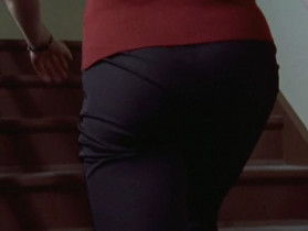 - I know what you're thinking. - Your butt looks like two Pringles hugging. No, you don't.